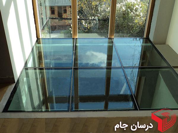 کف شیشه ای در ویلا